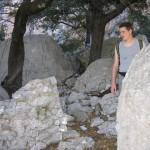 Pedra i ginebrons (Tiscali, Sardenya)